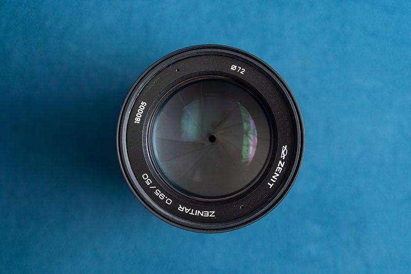 لنز Zenitar 50mm F0.95
