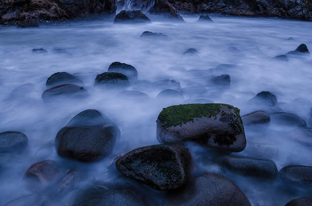 عکاسی مه آبی با نوردهی طولانی در ساعت آبی